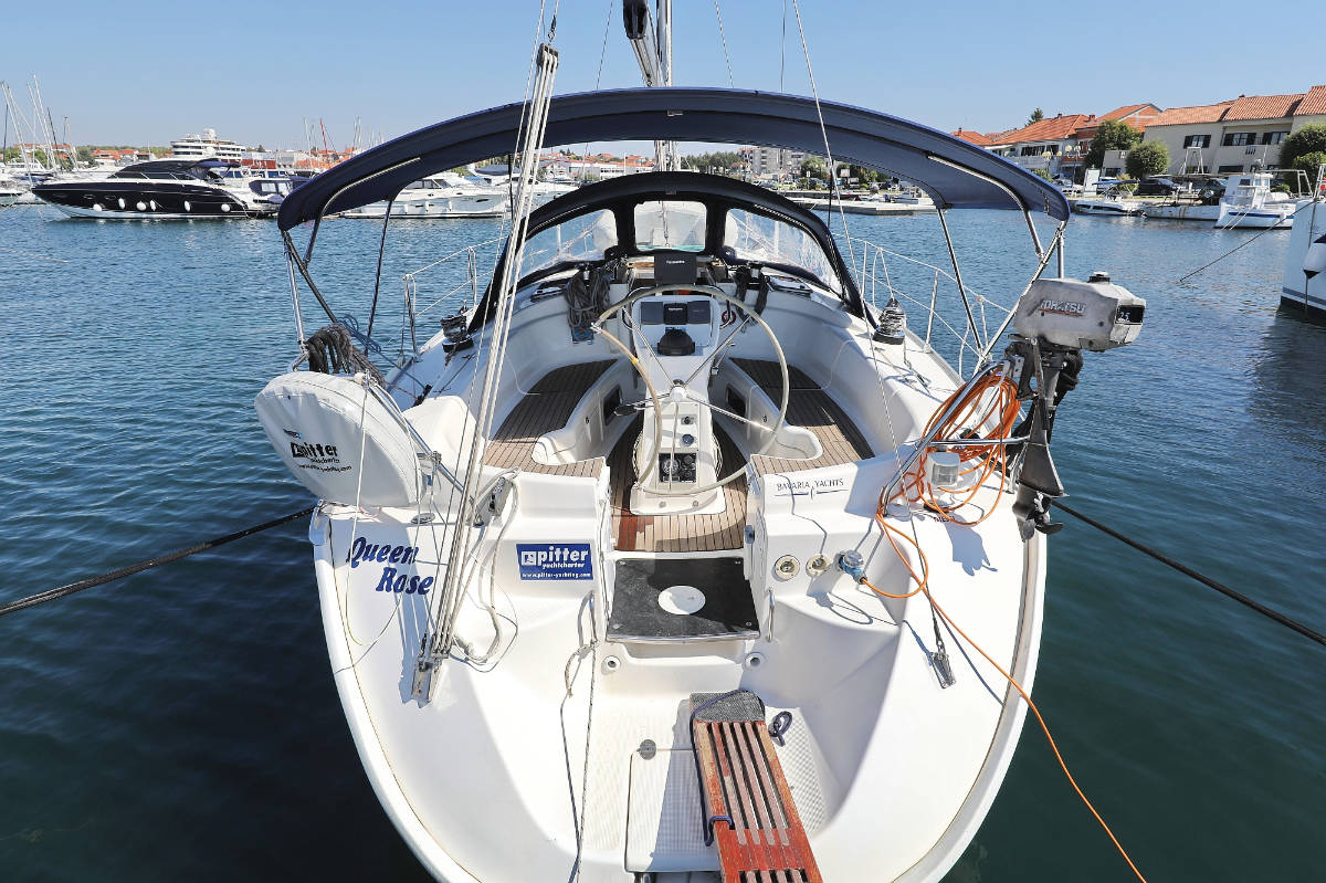 Bavaria 38 Queen Rose