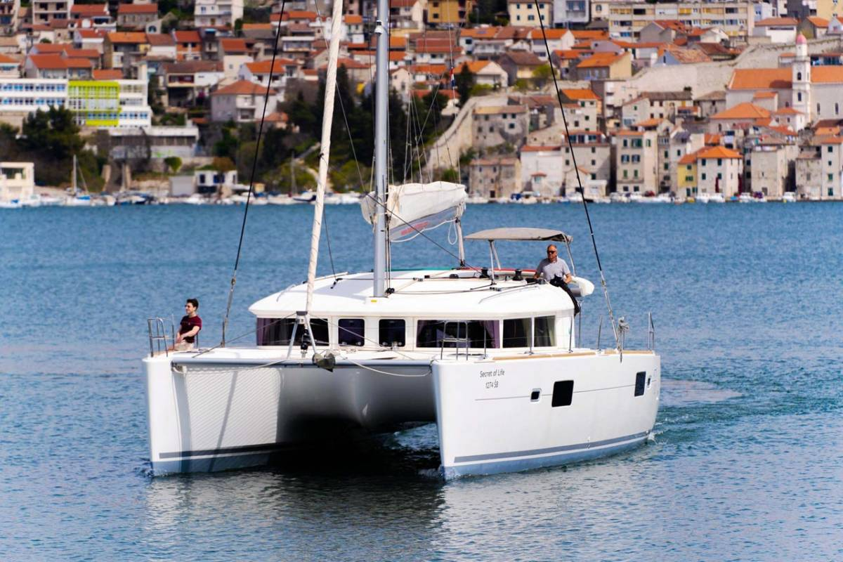 Lagoon 400 S2 Secret of Life