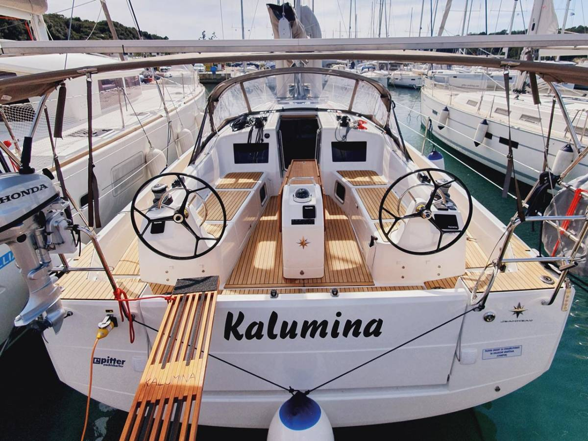 Sun Odyssey 410 Kalumina